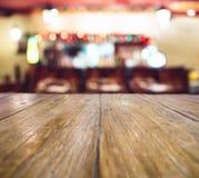 圣诞节与台式的假日背景弄脏了逆酒吧 库存照片