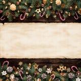 圣诞节与空白的纸卷的杉树装饰 库存照片