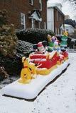 圣诞节与迪斯尼人物的房子装饰 图库摄影