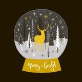圣诞节与金黄鹿、冷杉和雪花的雪地球 库存图片
