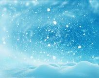 圣诞节与雪的冬天风景 圣诞快乐和愉快 免版税图库摄影