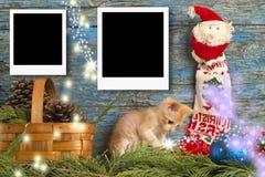 圣诞节两个立即空的照片框架 库存照片