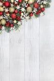 圣诞节中看不中用的物品边界 免版税库存照片