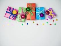 圣诞节五颜六色的礼物盒 免版税图库摄影