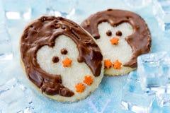 圣诞节企鹅曲奇饼 免版税库存照片