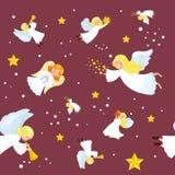 圣诞节假日在天空的飞行天使与翼和金喇叭喜欢标志基督徒宗教或新年 免版税库存图片