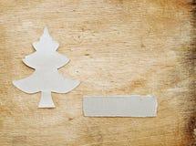 圣诞节做纸张被撕毁的结构树 免版税库存照片