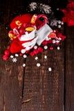 圣诞节充分殴打糖果和甜点在木背景 库存照片