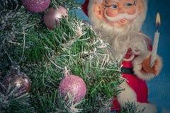 圣诞节克劳斯・圣诞老人结构树 图库摄影