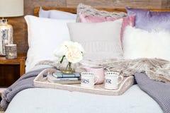 圣诞节卧室装饰 免版税库存照片