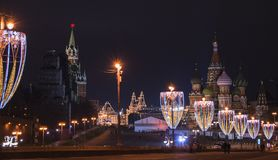 圣诞节和新年装饰在莫斯科 库存照片