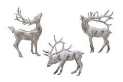 圣诞节和新年装饰:驯鹿的小雕象 Iso 免版税库存照片