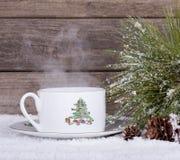 圣诞节咖啡杯 免版税库存照片