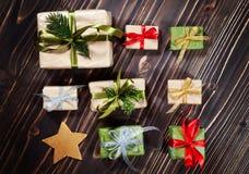 圣诞节嘲笑的礼物盒汇集模板设计 在视图之上 平的位置 免版税库存照片