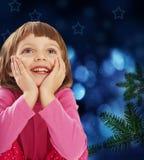 圣诞节四女孩少许老结构树岁月 免版税库存图片