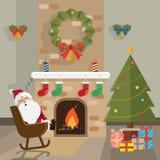 圣诞节圣诞老人放松壁炉室 免版税库存照片