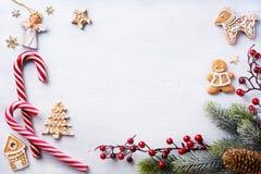 圣诞节在白色背景的假日构成与拷贝温泉 免版税库存照片