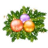 圣诞节在白色backgr隔绝的球装饰 免版税库存照片