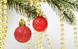 圣诞节复制装饰集中金大装饰品红色空间结构树 库存图片