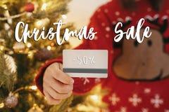 圣诞节大销售文本 50%假日折扣提议 Woma 库存照片