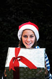 圣诞节女孩存在 免版税库存图片