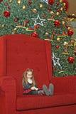 圣诞节女孩结构树 免版税库存图片
