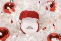 圣诞节定婚戒指 免版税库存图片