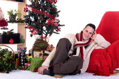 圣诞节家庭人存在 免版税库存照片