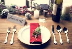 圣诞节家庭饭桌概念 免版税库存照片