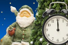 圣诞节小珠手表和礼品券 库存照片