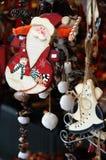 圣诞节市场和圣诞老人 免版税库存图片