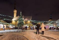 圣诞节市场在塔林 库存图片