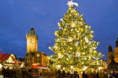 圣诞节市场在布拉格(联合国科教文组织),捷克共和国 库存图片