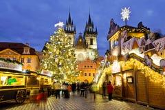 圣诞节市场在布拉格(联合国科教文组织),捷克共和国 库存照片