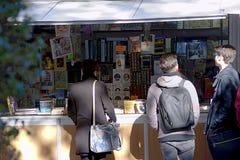 圣诞节市场在广场Nueva在塞维利亚02 免版税库存照片