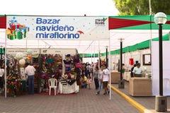 圣诞节市场在米拉弗洛雷斯,利马,秘鲁 免版税库存图片