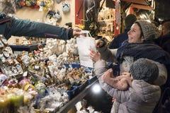 圣诞节市场在菲拉赫 库存照片