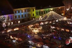 圣诞节市场在锡比乌,罗马尼亚,看法从上面 库存照片