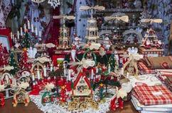 圣诞节市场立场的细节 免版税库存照片