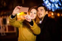 圣诞节市场selfie 库存照片