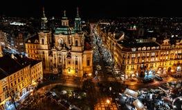 圣诞节布拉格和大教堂圣尼古拉斯-捷克Republi 库存照片