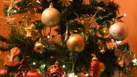 圣诞节心情的五颜六色的光 股票视频