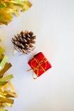 圣诞节或新年卡片的垂直的图象与文本地方 库存照片