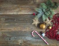 圣诞节或新年土气木背景 免版税库存图片