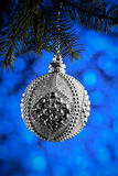 圣诞节或新年装饰背景:圣诞节银色ba 免版税库存照片