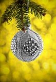 圣诞节或新年装饰背景:圣诞节银色ba 库存图片