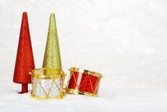 圣诞节打鼓结构树 免版税库存图片