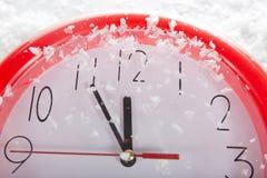 圣诞节时钟12个小时 免版税库存图片