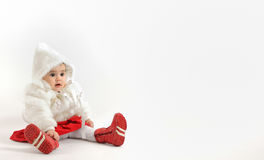 圣诞节时间的小女孩 免版税库存照片
