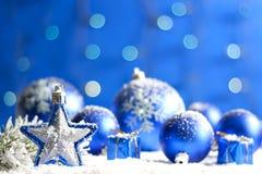 圣诞节星形特写镜头和中看不中用的物品 免版税库存图片